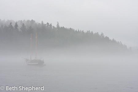 Sailboat iin the mist near Orcas