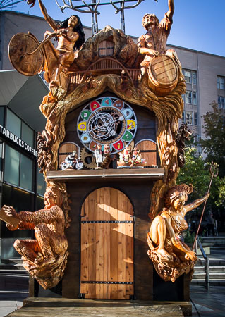 Travel Portland cuckoo clock