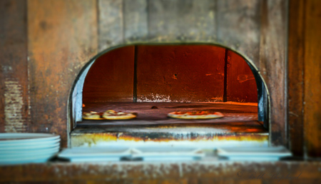 Stick+Stone Wood fire pizza oven