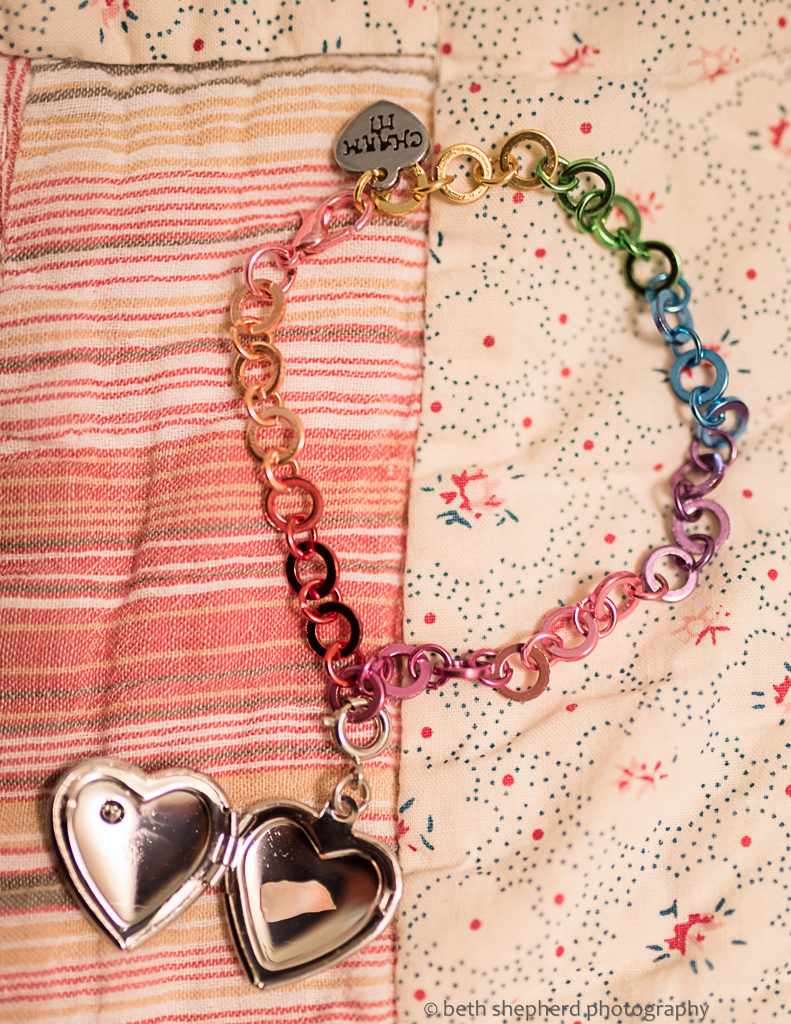 bracelet-charm-and-tooth